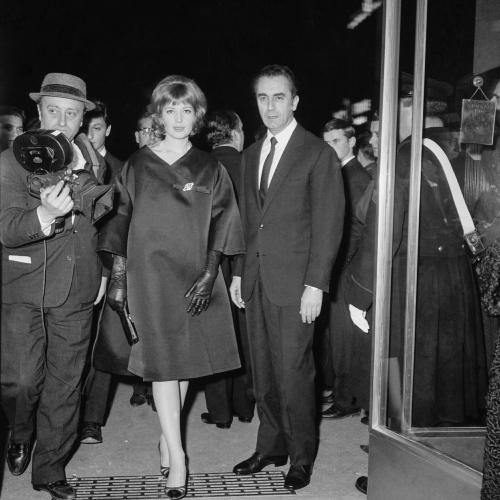 LDV -Monica Vitti con Antonioni ai Nastri d'Argento per La notte - Archivio storico Luce