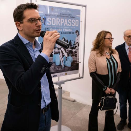 2019-03-15-pizzarotti-guerra-inaug-mostra-il-sorpasso-2_33511970378_o